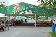 duzy-namiot-pod-lawostoly